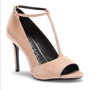 NWT Calvin Klein Nicolette Suede Leather Pump Heel